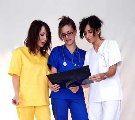 Tarf_abbigliamento-ospedaliero1